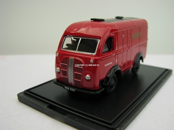 Austin K8 Midland red 1:76 Oxford