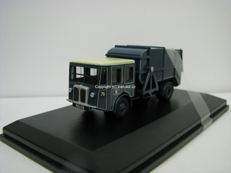 Shelvoke a Drewry Dustcart County Borough of West Bromwich 1:76 Oxford