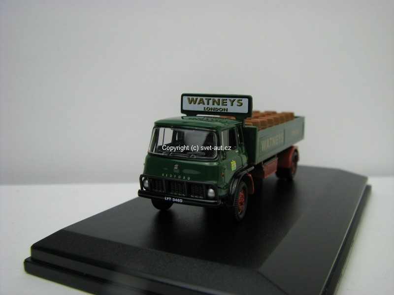 Bedford TK Watneys barrel truks 1:76 Oxford