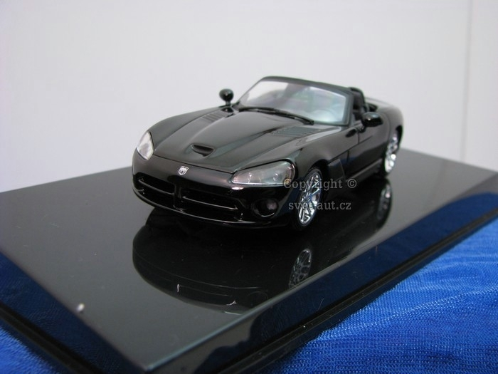 Dodge Viper SRT-10 2003 black 1:43 Autoart
