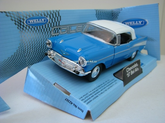 Chevrolet Bel Air 1957 Soft top blue 1:32 - 36 Welly