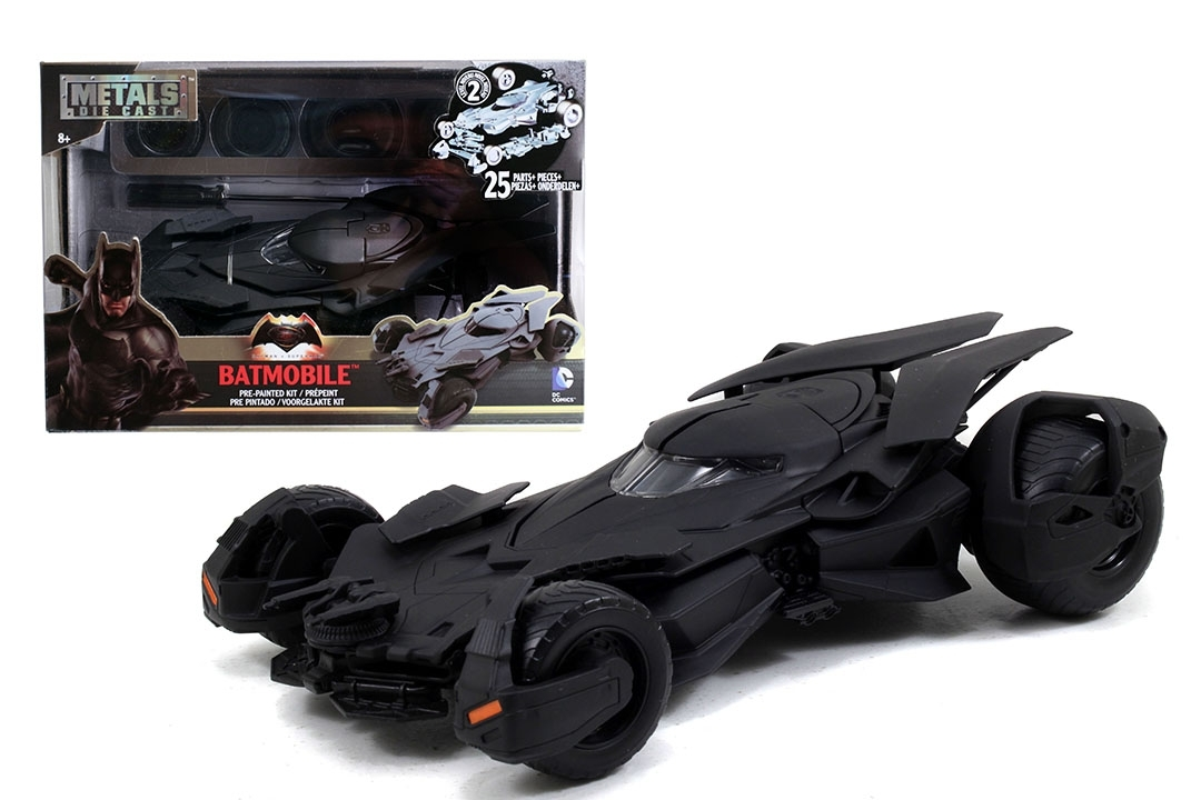 Batmobile 2016 Kit 1:24 Jada Toys 97781
