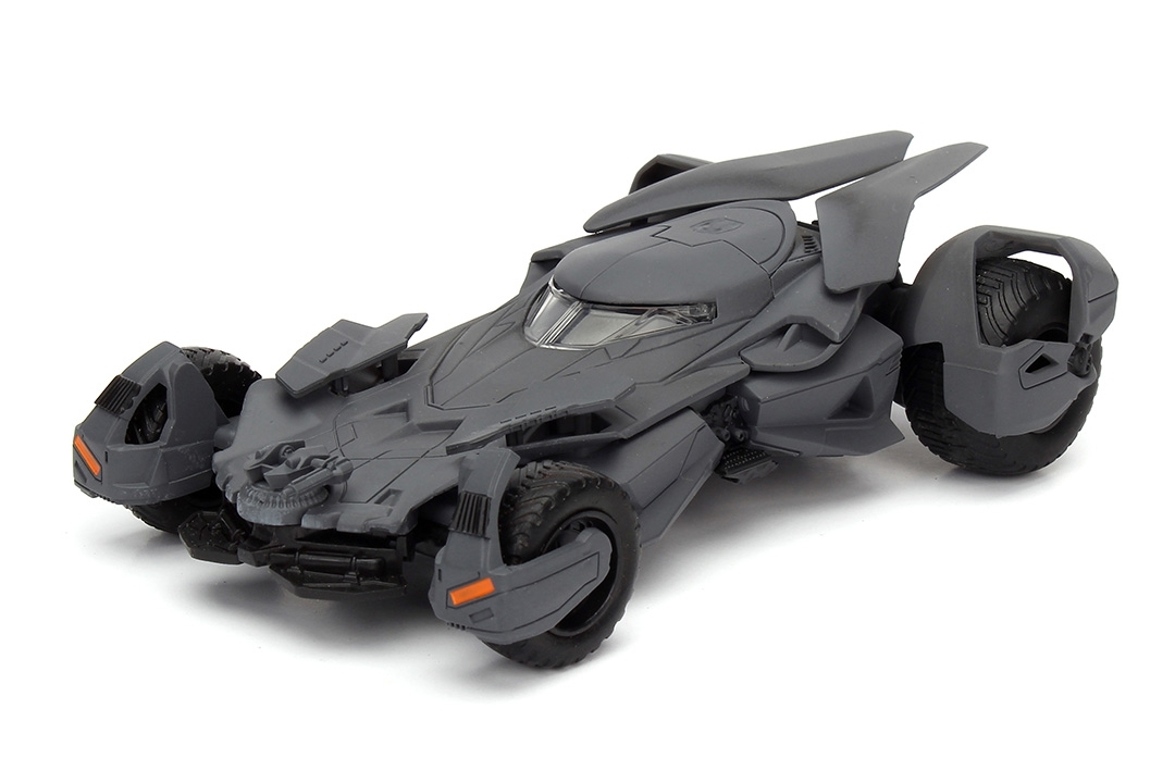 Batman vs Superman Batmobile 2016 1:32 Jada Toys