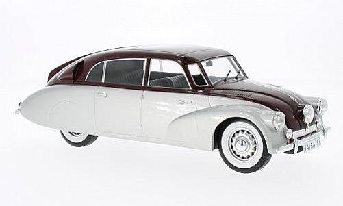 Tatra 87 1937 Red/Silver 1:18 MCG Modelcar Group