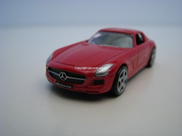 Mercedes-Benz SLS AMG red 1:64 Mondo