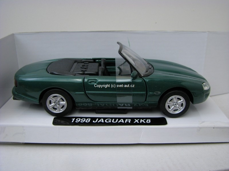 Jaguar XK8 1998 green 1:32 Mondo Motors