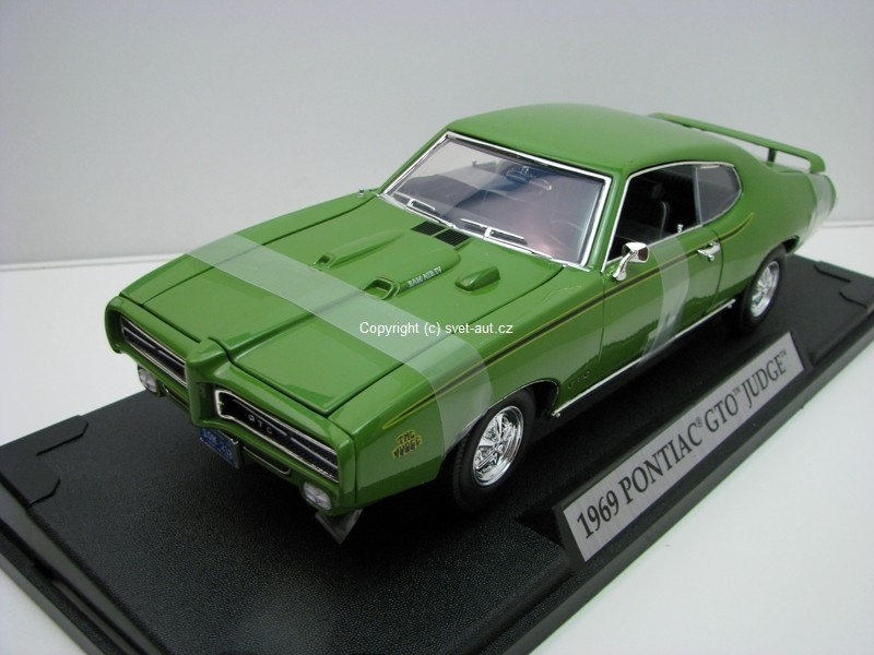 Pontiac GTO Judge Coupe 1969 Green 1:18 Motor Max