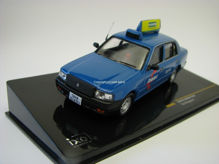 Toyota Crown 2004 Taxi Singapore 1:43 Ixo