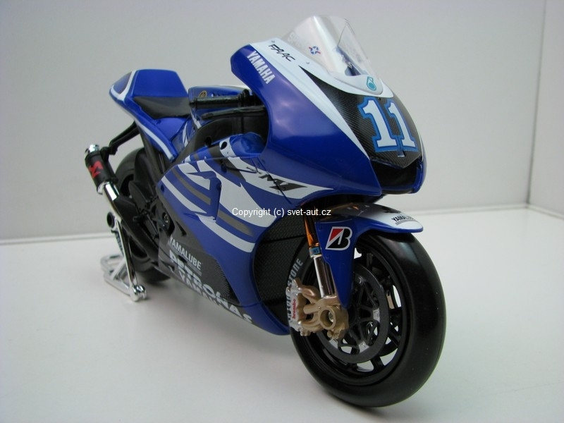 Yamaha factory Racing No.11 Spies 1:10 Maisto