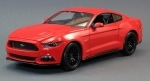 Ford Mustang 2015 Red 1:18 Maisto