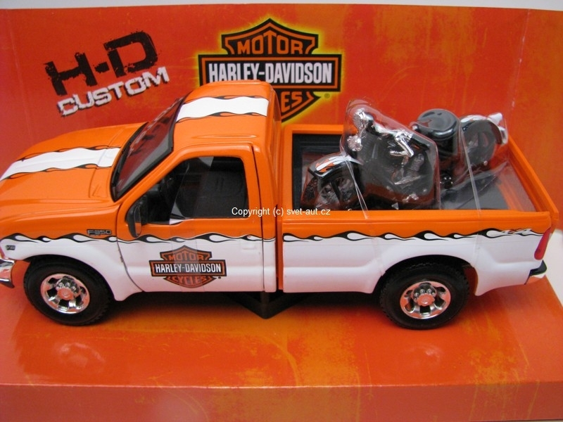 Ford F-350 Super Duty Pick Up white a Harley EL Knucklehead 1:24 Maisto