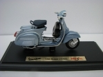 Vespa 150 Super 1965 silverblue 1:18 Maisto