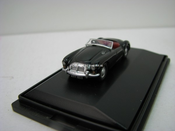 MGA black 1:76 Oxford