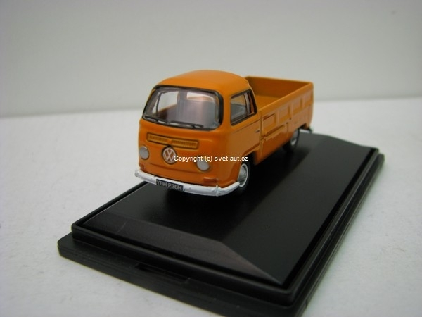 Volkswagen Pick Up signal orange 1:76 Oxford