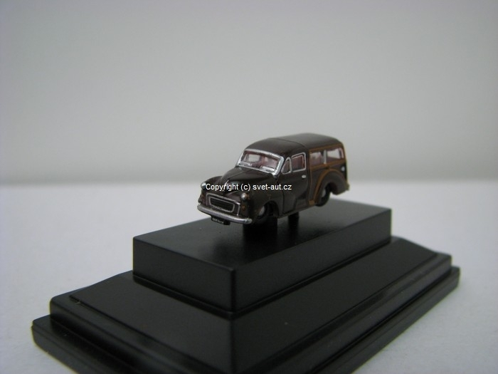 Morris Traveller Maroon 1:148 Oxford