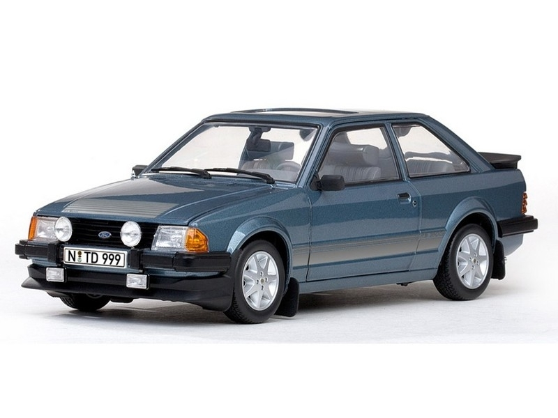 Ford Escort RS 1600i 1984 Blue 1:18 Sunstar