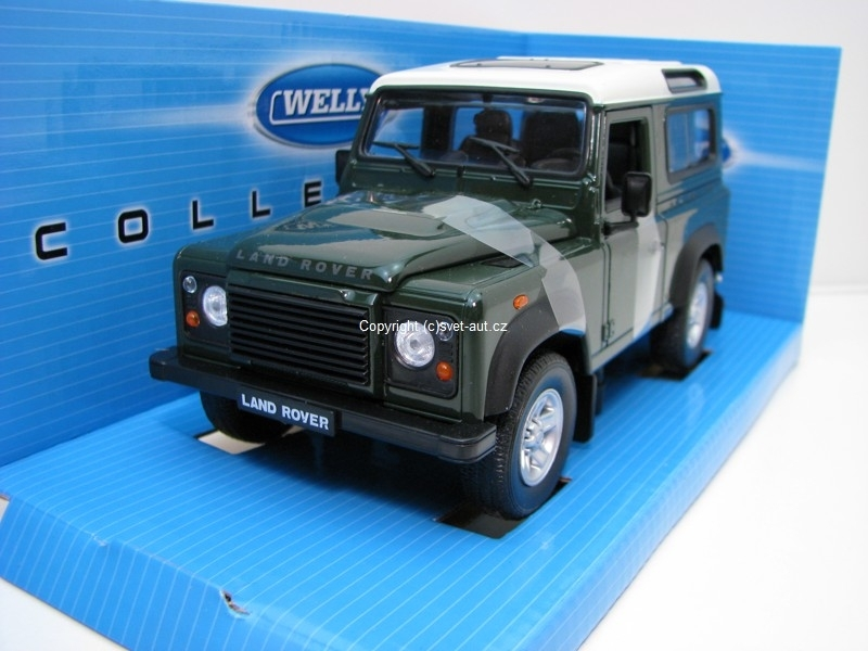 Land Rover Defender 90 green 1:24 Welly