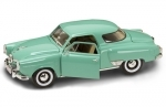 Studebaker Champion 1950 Light Green 1:18 Yatming