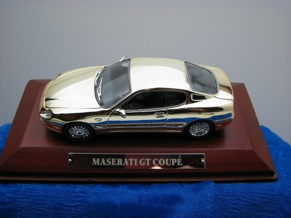 Maserati GT Coupé chrom 1:43 Atlas