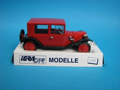 Tatra 11 1924 limuzína Red 1:43 Igra - Model Toys