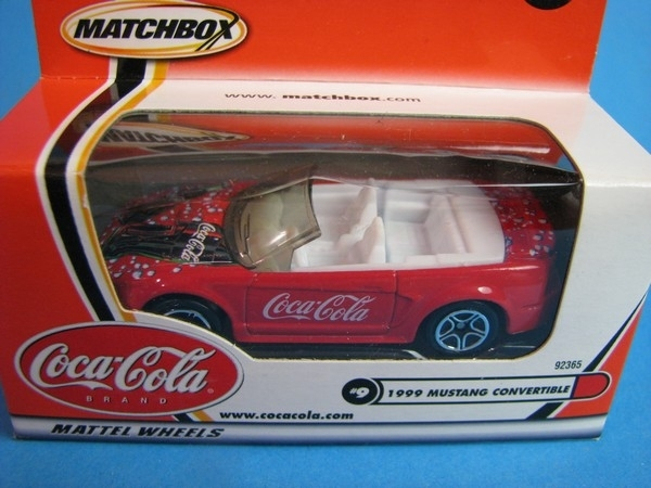 Ford Mustang Convertible Coca Cola 1:61 Matchbox
