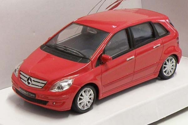 Mercedes-Benz B Classe red 1:43 Mondo Motors