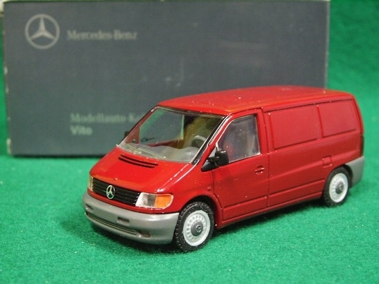 Mercedes Vito Van red 1:43 NZG