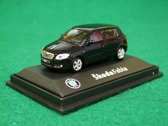 Škoda Fabia II D Black Magic 1:72 Abrex