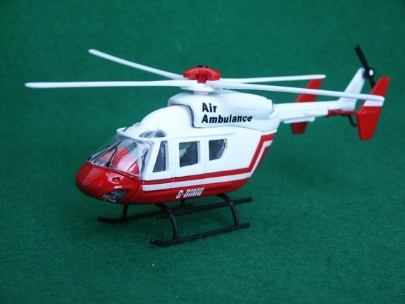 Vrtulník-Helikopter Air Ambulance G-BIMU Mondo Motors