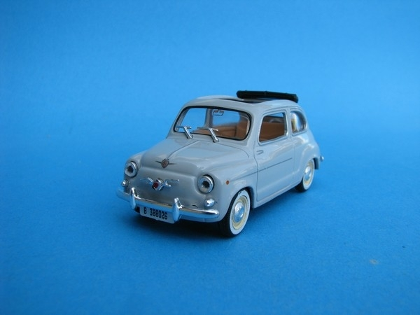 Seat 600D 1964 decapotable 1:43 Solido DeA