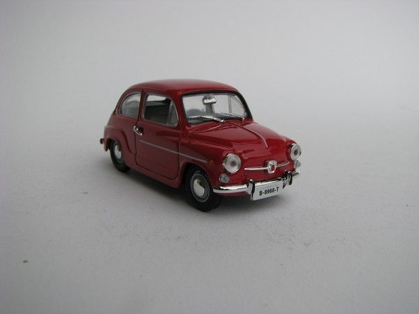 Seat 600 L special Berlina 1973 Red 1:43 DeAgostiny