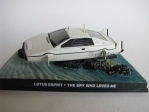 Lotus esprit James Bond 007 1:43 Universal Hobbies