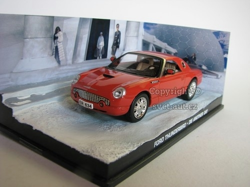 Ford Thunderbird James Bond 007 1:43 Universal Hobbies