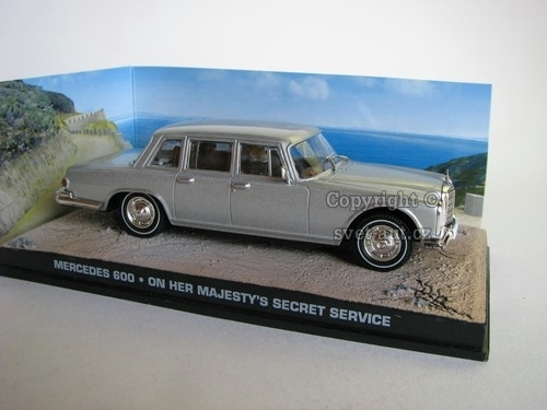 Mercedes 600 James Bond 007 1:43 Universal Hobbies