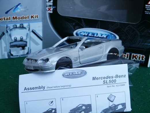 Mercedes-Benz SL 500 Kit 1:36 Welly