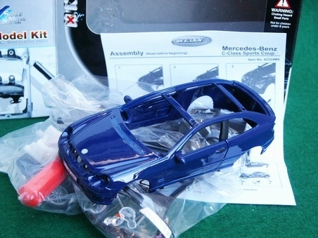 Mercedes-Benz C-class Sports coupe Blue Kit 1:36 Welly